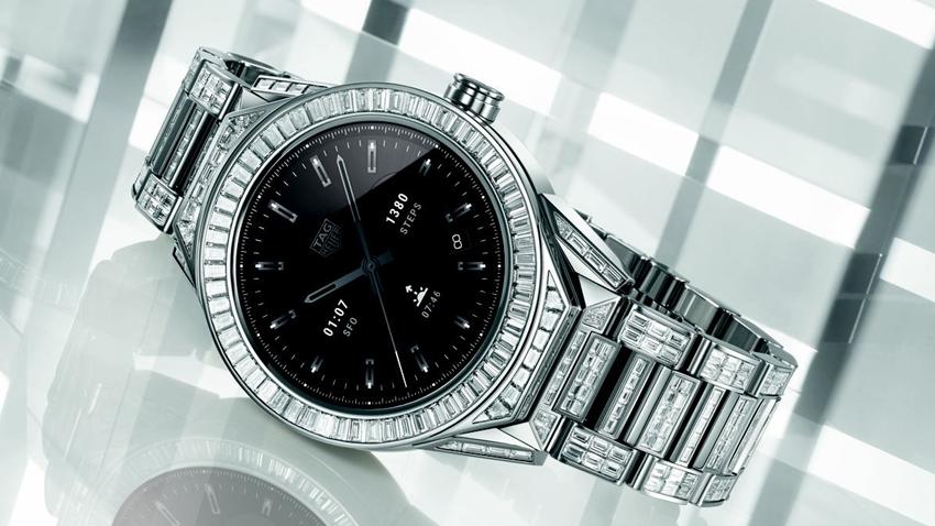 TAG Heuer, 200 Bin Dolarlık Akıllı Saatini Tanıttı