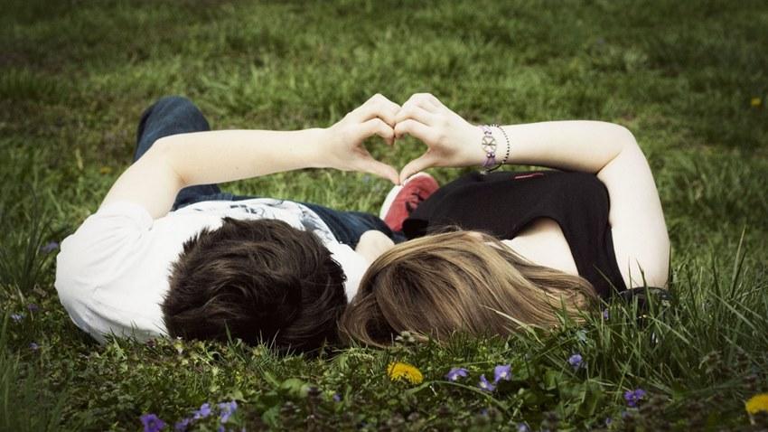 Sevgililere Özel En İyi Android Uygulamaları