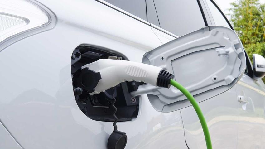 Elektrikli Otomobil Vergileri 10 Kat Arttı! - Tamindir