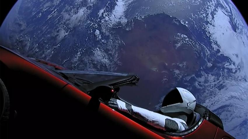NASA, Uzaydaki Tesla Roadster'ı Gök Cismi Olarak Kabul Etti