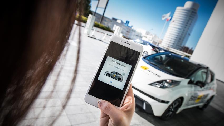Nissan'ın Sürücüsüz Taksileri Yolcularını Bekliyor