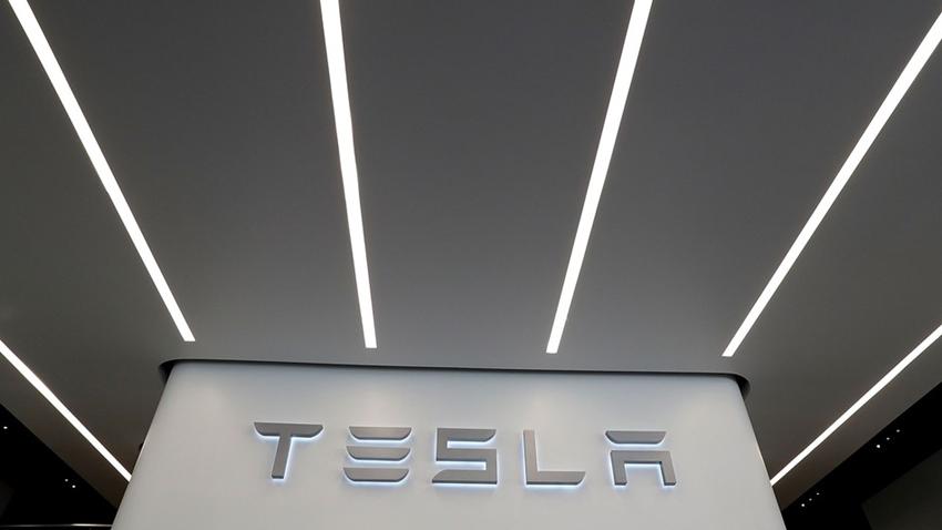 Tesla, Dünyanın En Büyük Sanal Enerji Santralini Yapıyor
