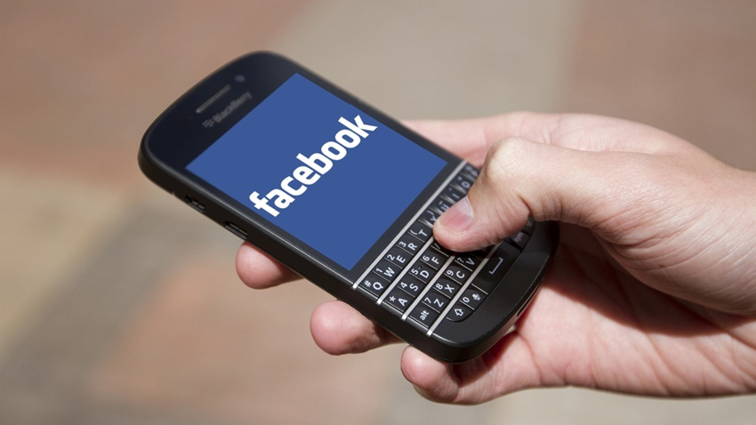 BlackBerry Facebook Patent Davası