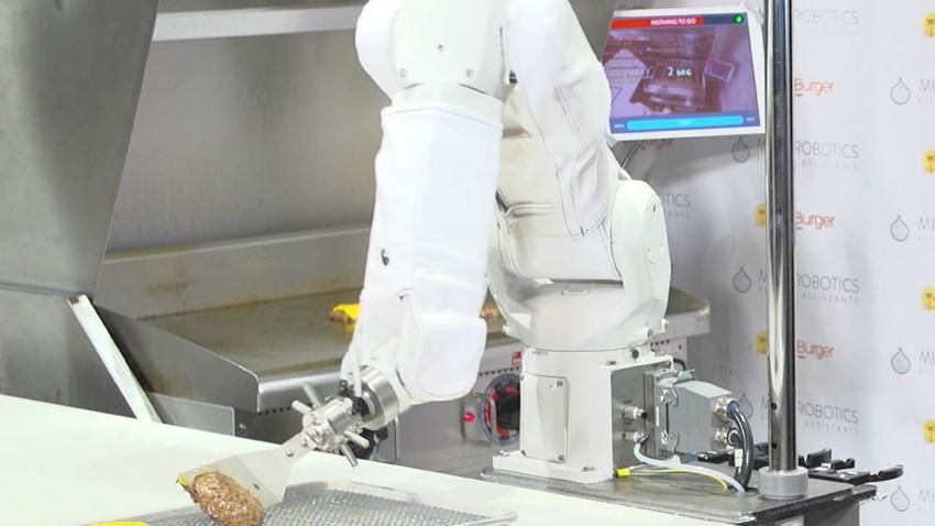 Flippy Adındaki Robot, Hamburgercide İşbaşı Yaptı