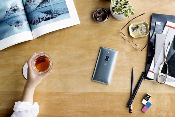 Sony Xperia XZ2 premium 1