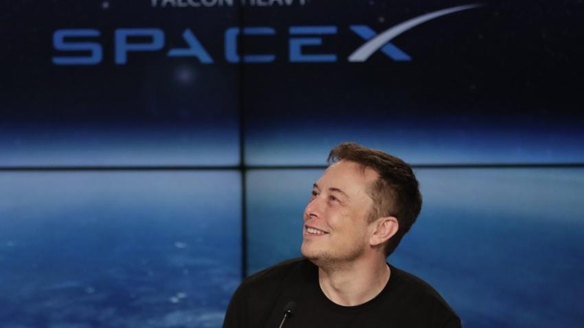 Elon  Musk'ın Ucuz İnternet Projesi Devlet Onayı Aldı