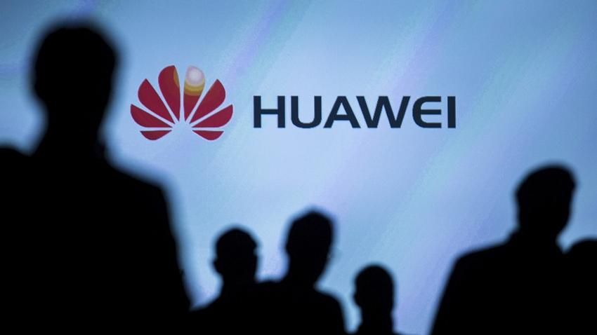Huawei, ABD'nin İran'a Uyguladığı Ambargoyu Delmekle Suçlanıyor