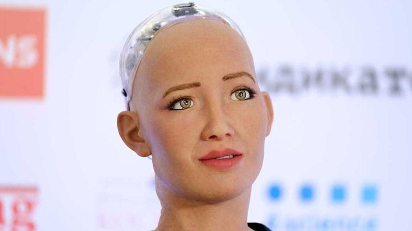 Robot Sophia Gürcistan
