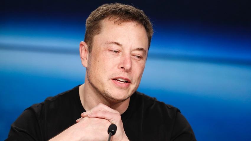 Elon Musk, Mağarada Sıkışan Taylandlı Futbolculara Yardım Edebilir