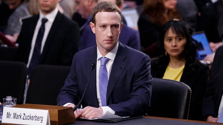 Facebook CEO'su Mark Zuckerberg Cambridge Analytica