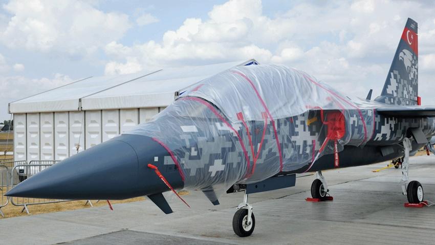 Hürjet, Farnborough Airshow'un Yıldızı Oldu