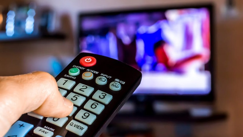 Televizyon ve Radyolara 'Eğitici Yayın' Zorunluluğu Getirildi