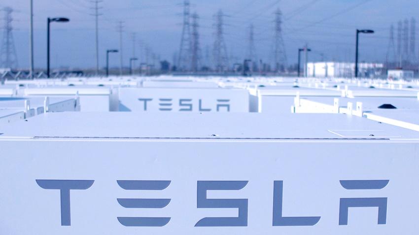Tesla, California'da Dev Bir Enerji Depolama Tesisi İnşa Edecek