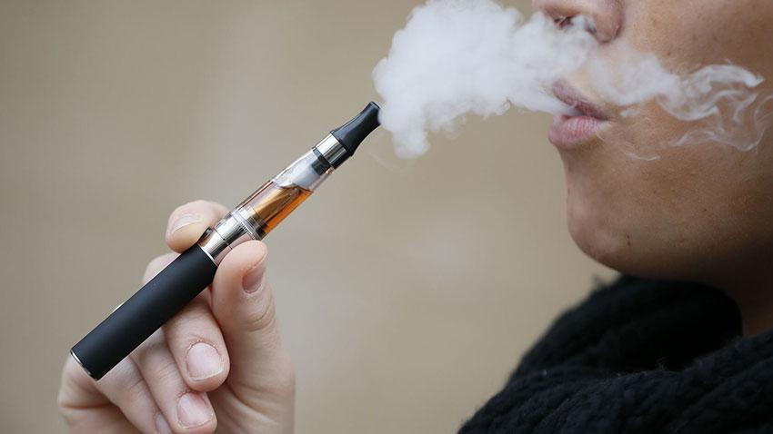Elektronik Sigaralar Sanıldığı Kadar Masum Değilmiş