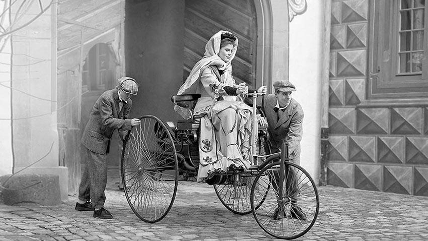 Tarihteki İlk Otomobil Sürücüsü Bertha Benz