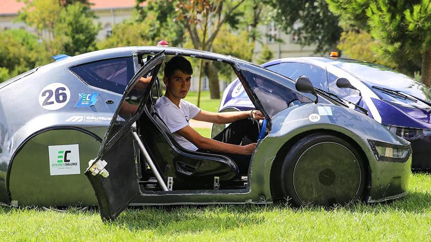 YTÜ Öğrencileri Yerli ve Milli Otomobil Hedefi 2