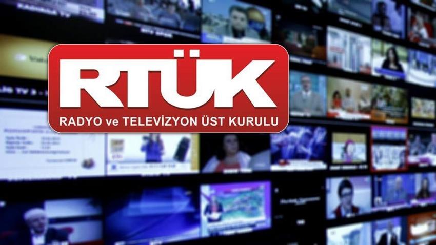 RTÜK'ten Kanallara 'Müstehcenlik' Cezası