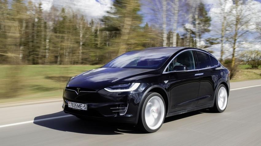 Suudi Arabistan Yatırım Fonu, Tesla'yı Finanse Edebilir
