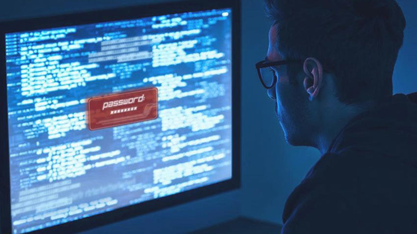 Apple Hacker Genç Denetimli Serbestlik Kararı