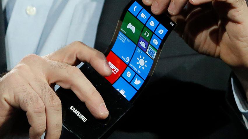 Samsung Katlanabilen Telefonunu Kasım Ayında Tanıtabilir 1