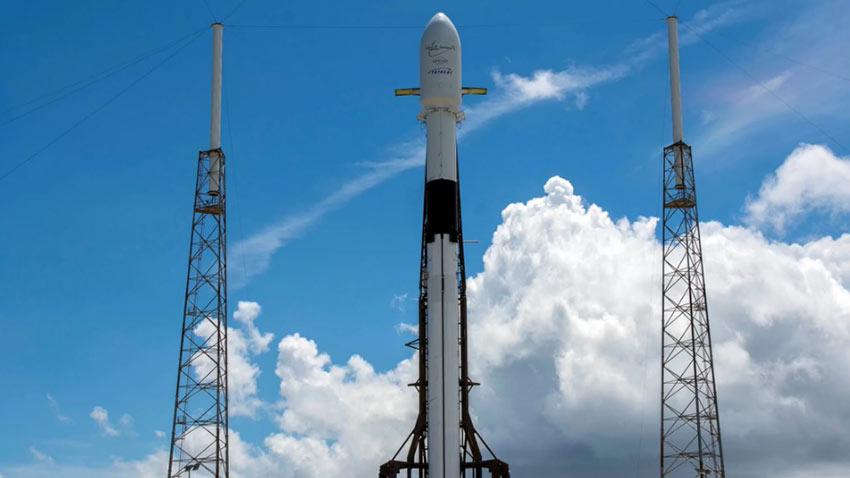 SpaceX Telesat İletişim Uydusunu Uzaya Gönderdi 1