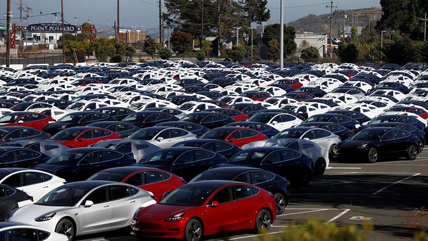 Tesla Model 3 Üretim Hedefine Ulaştı