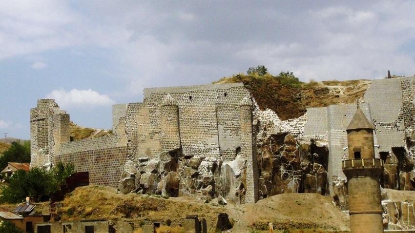 Bilim İnsanları, Bitlis Kalesi'ndeki Gizemi Çözdü