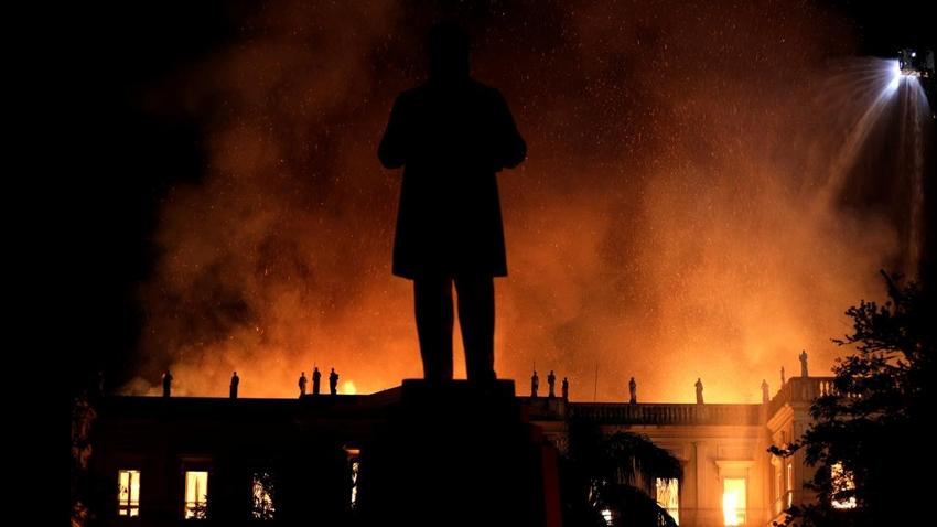 Brezilya'daki Yangında 20 Milyon Tarihi Eser Kül Oldu
