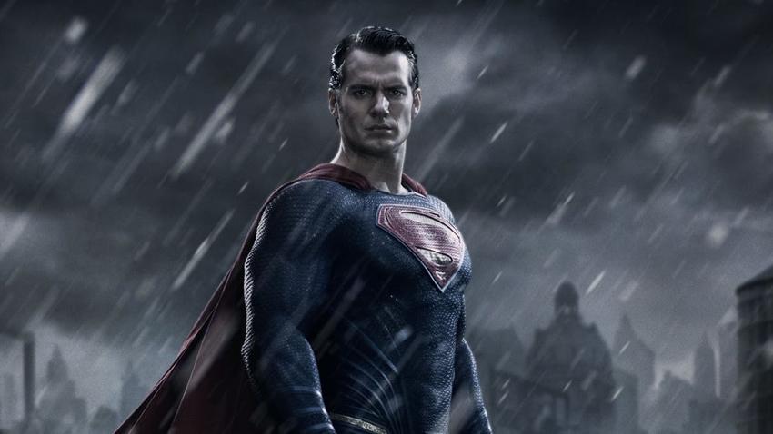 Henry Cavill Superman Rolünden Ayrılıyor mu?
