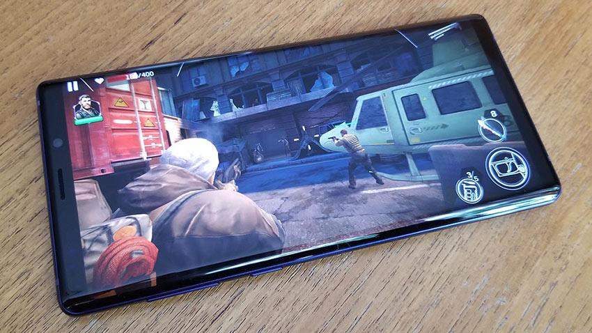 Samsung Özel Bir Oyun Telefonu Geliştiriyor