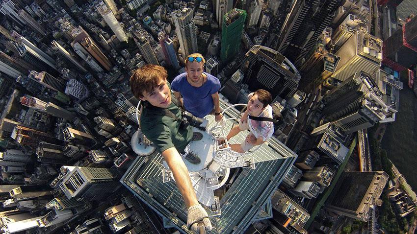 Selfie Çekmek İsteyen 259 Kişi Hayatını Kaybetti 1