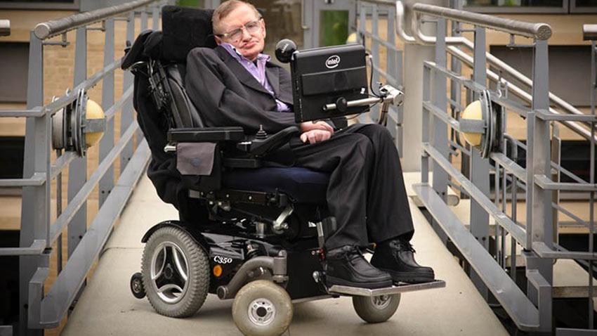 Stephan Hawking Eşyaları Açık Arttırma 1