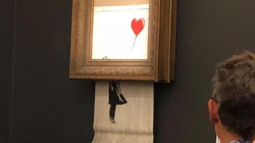 Banksy kırmızı balonlu kız