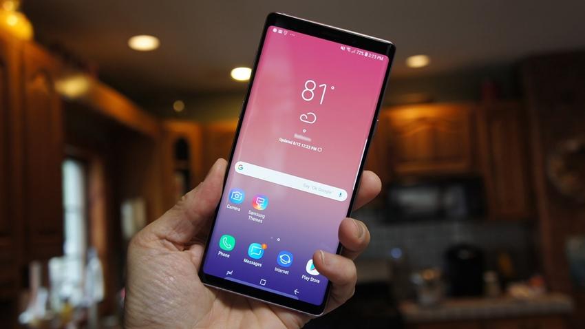 Samsung selfie kamerası