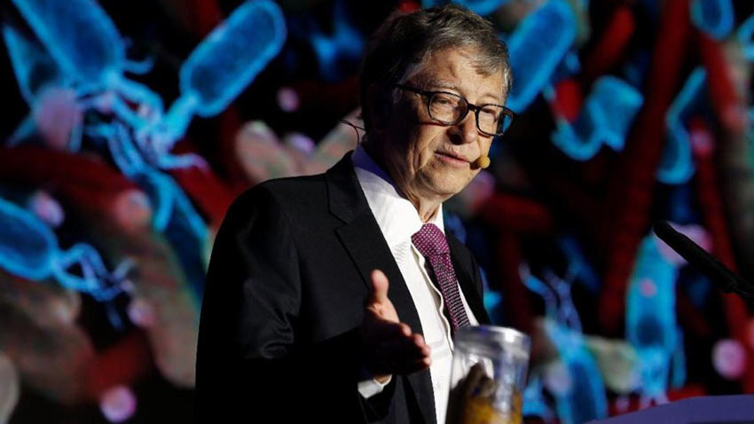Bill Gates İnsan Dışkılı Kavanozla Geldi