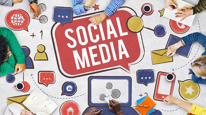 Fransız Hükümeti Sosyal Medya Zengin Avı
