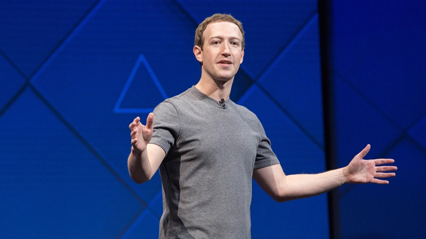 Facebook CEO'su Zuckerberg'den Yöneticilere iPhone Yasağı