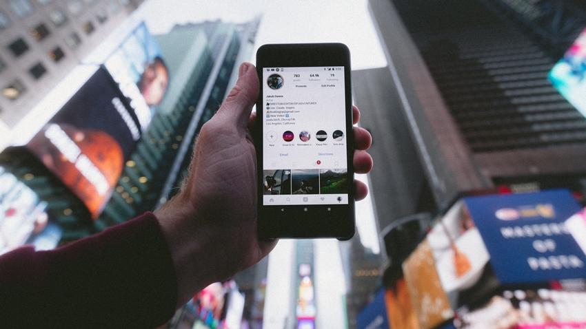 Instagram, Okul Hikayeleri Üzerinde Çalışıyor