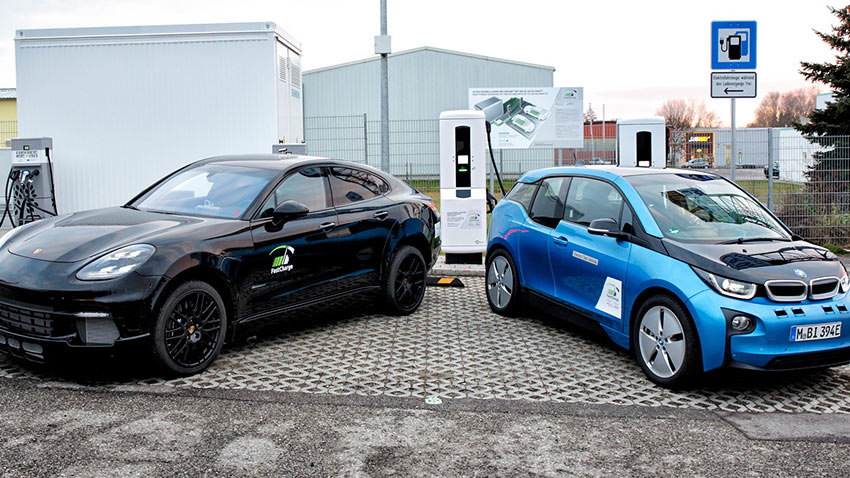Porsche BMW Hızlı Şarj İstasyonu 1