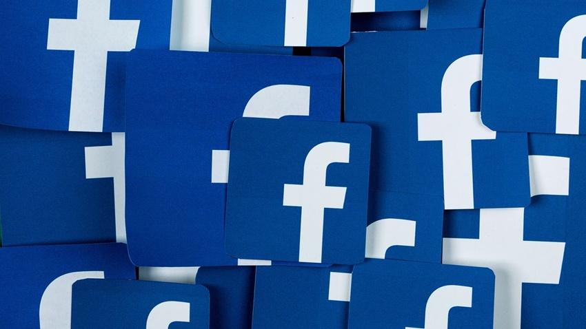Facebook, Cinsellikle İlgili Tüm Paylaşımları Yasaklıyor