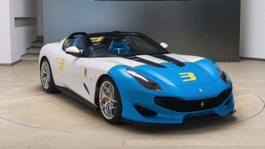Ferrari'nin 780 beygirlik Yeni Canavarı Sahibine Kavuştu