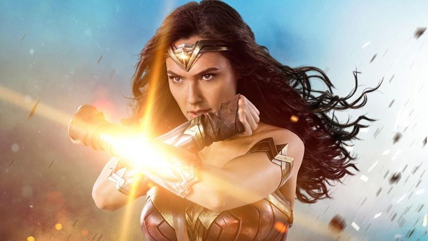 Gal Gadot, Wonder Woman 1984'ün Çekimlerinin Bittiğini Duyurdu