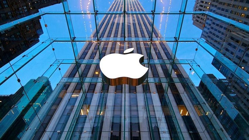Tesla'nın Kıdemli Tasarımcısı Apple'a Transfer Oldu