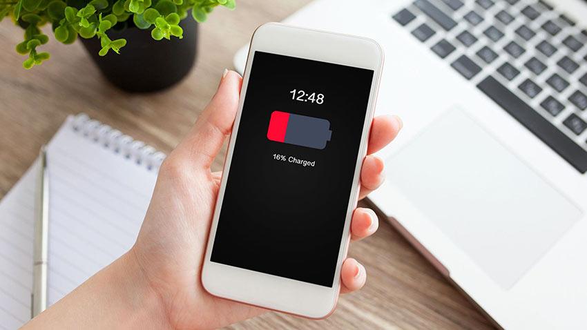 Apple iPhone Pil Değişim Fiyatları 1