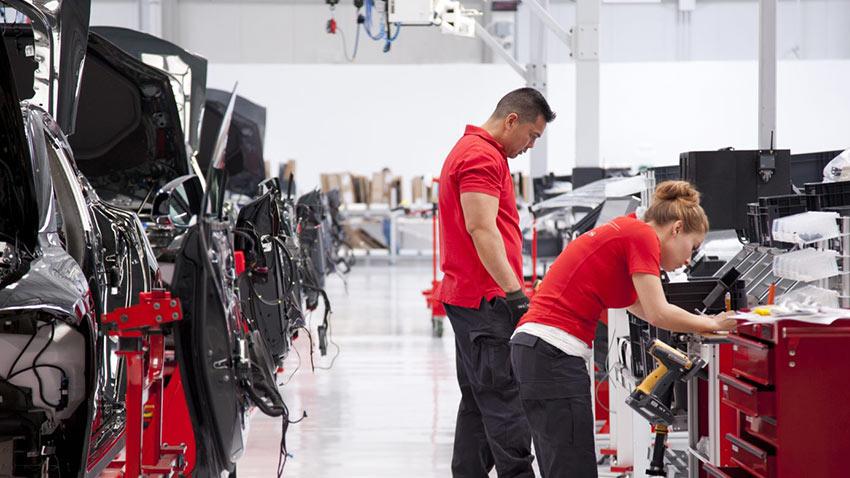 Tesla Çalışanları İşten Çıkarma