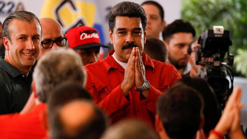 Facebook ve Instagram, Nicolas Maduro'nun Mavi Tiki'ni Kaldırdı!