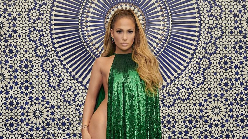 Jennifer Lopez, Instagram'da İki Türk'ü Takip Etti