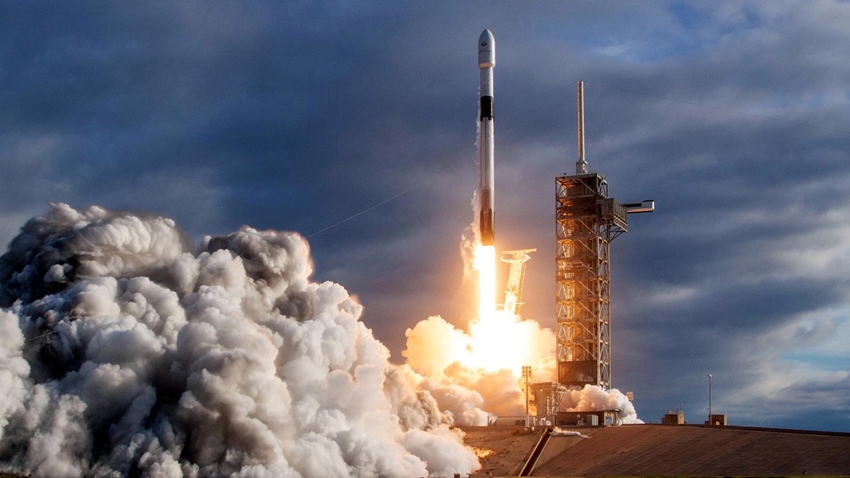İsrail'in Uzay Aracı, SpaceX ile Ay Yolculuğuna Başladı