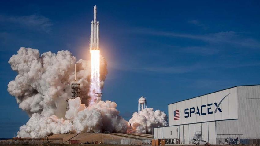 Pentagon, SpaceX'e 300 Milyon Dolar Hibe Verdi