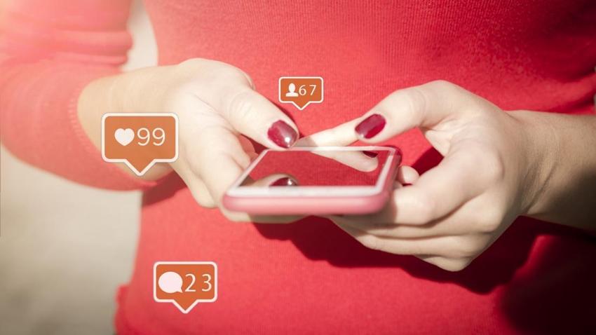 Sosyal Medya, Eleştirel Düşünme Yeteneğini Azaltıyor